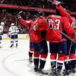 Nicklas Backstrom's hat trick leads Capitals to 4-2 win over Tampa Bay Lightning