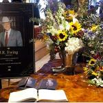 Tonight's 'Dallas' opening credits honor Larry Hagman and J.R. Ewing -- VIDEO
