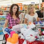 Tina Fey and Amy Poehler go wild in 'Sisters'
