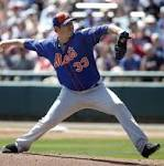 Mets ace Matt Harvey hits 97 mph with fastball in first spring outing