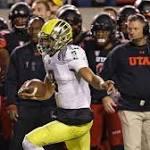 Freaky Fumble Return Helps Oregon Beat Utah 51-27