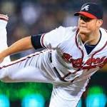 Padres make another big move, add game's best closer in Kimbrel