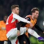 FA Cup: Walcott, Giroud at the double as Arsenal ousts Hull