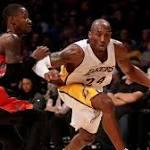Kobe Bryant posts triple-double as Los Angeles Lakers upset Toronto Raptors