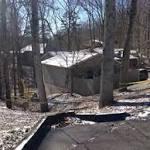 Authorities investigating triple homicide in Kentucky