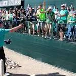 No fun: Golfers can't throw fans swag at Phoenix Open's infamous 16th hole ...