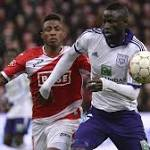 West Ham bolster midfield with Kouyate