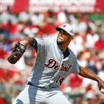 David Price rebounds, looks sharp in Tigers' loss