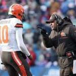 Browns sticking with Robert Griffin III as starter