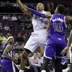 Bobcats hold off Kings 95-87