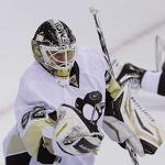 Penguins blank Islanders, lead series 3-2