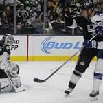 Kings hold off Lightning, 3-2, and winning streak is alive at five