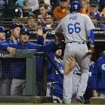 Giants routed by Dodgers as Puig ties triples record