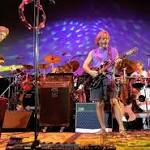 Grateful Dead enthrall faithful in first of 5 final shows