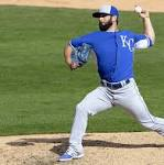 Reliever Tim Collins surrenders lead, Royals lose 9-7 to White Sox