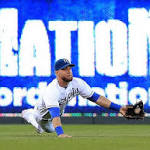 Royals reclaim first place in Central with 3-2 victory over Oakland