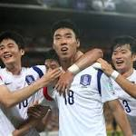 Australia 0-1 South Korea: Lee fires visitors to top of the table