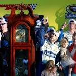 How Jimmie Johnson rallied back to clean their clocks at Martinsville