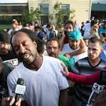 Charles Ramsey Signs Book Deal For Memoir