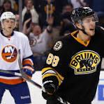 Pastrnak lifts Bruins over Isles