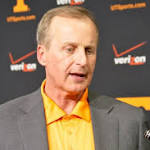 Report: Texas accused of potential academic impropriety under Rick Barnes