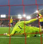 Southampton 2 Arsenal 0, match report: Two Wojciech Szczesny howlers gift ...