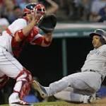 Aroldis Chapman's near split rescues Yankees' nail-biter