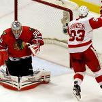 NHL playoffs: Blackhawks unravel as disciplined Red Wings win Game 3, 3-1