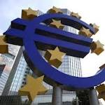 Euro Near 1-Month Low Before ECB Meets as Portuguese Bonds Drop