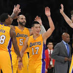 Los Angeles Lakers – Kobe Bryant Doesn't Play, Jeremy Lin Leads in His Place