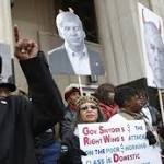 Detroit pension funds file request to challenge Detroit bankruptcy