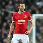 Van Persie: Carrick vital in Manchester United's win over Liverpool