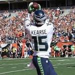 WR Kearse agrees to 3-year deal to stay in Seattle