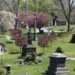 NY's largest cemetery celebrates 175th anniversary