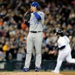 Detroit 6, Kansas City 3: Justin Verlander, Tigers slow down base-stealing Royals