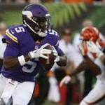 Bridgewater shrugs off slow start, connects on deep touchdown pass