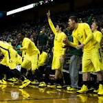 Four Ducks score double figures in men's basketball's 85-62 win over Pacific