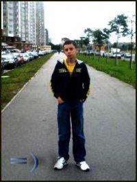 Денис Боровец
