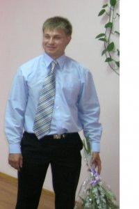 Сергей Абысов