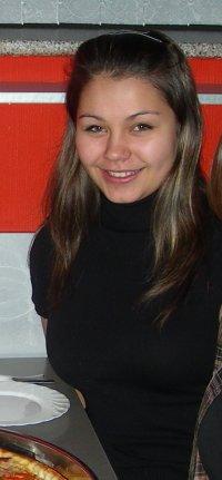 Лена Братенкова