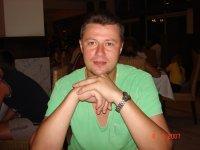 Алексей Бандуров