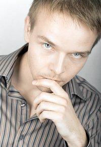 Александр Нова