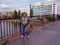 Денис Батин
