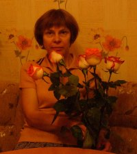 Елена Бенецкая