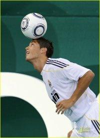Yarik Ronaldo