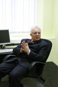 Андрей Бахур