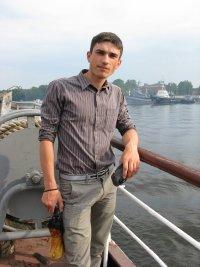 Артур Большаков