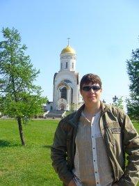 Николай Валеев