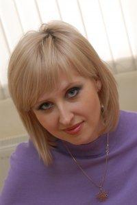 Виктория Адамова (Десятникова)