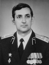 Виктор Арнаутов